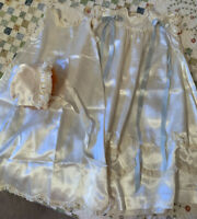 BEAUTIFUL VINTAGE 3 PIECE WHITE SATIN CHRISTENING GOWN SET