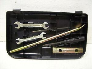 Volvo 740 745 940 945 Kombi Bordwerkzeug Werkzeugfach Werkzeug Fach