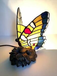 "Tiffany Style Stained Glass Butterfly desk Lamp on flower base.  9"" Night Light"