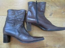 JONELLE BROWN LEATHER ANKLE BOOTS SIZE 6