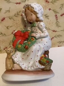 """Vintage Holly Hobbie Creation Collectible Figurine-Japan-Christmas cat wreath 5"""""""