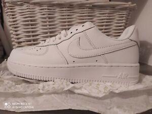 Nike air force one BLANC 37,5 NEUF