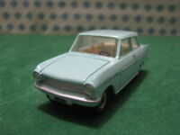 Vintage  -  OPEL Kadett         -  1/43  Dinky toys 540