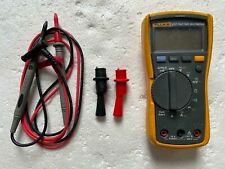 FLUKE 117 True RMS Multimeter With Test Leads and alligators