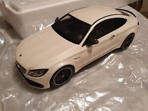 Mercedes-Benz C63 S AMG COUPE GT Spirit - 1:18