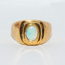18 ct 750 Solid Gold Opal Ring  8.8 Grams  Suit Ladies Mens Unisex