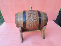 VERY RARE ANTIQUE OLD HAND CARVED PAINTED WOODEN CANTEEN FLASK KEG WITH STAND