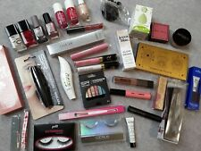 Beautypaket dekorative Kosmetik, Mascara, Blush, Nagellack, Highlighter und mehr