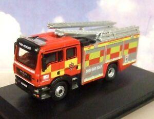 OXFORD 1/76 MAN PUMP LADDER ENGINE HERTFORDSHIRE FIRE & RESCUE SERVICE 76MFE005