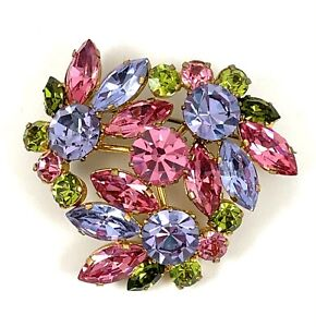 Perfect for BridesWeddings Signed Austria Gorgeous Detailed RS Brooch and Earrings