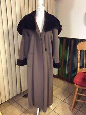 Women long coat with fur