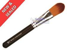 BODY COLLECTION FOUNDATION BRUSH *NEW & SEALED*