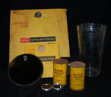 VINTAGE EASTMAN KODAK DARKROOM LAMP SAFELITE FILTERS & DEVELOPER & GLASS BEAKER