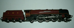 A+ Hornby R066 OO Gauge 'Duchess of Sutherland' 6233 - LMS Maroon 4-6-2 unboxed