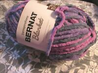 NEW BERNAT BLANKET Dark Purple Sunset Yarn 300 g Polyester Super Bulky 10904