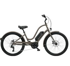 Electra Townie Go! 8D Ladies Brass Satin Pedelic Ebike E-Bike Bosch City Cruiser