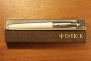 "Vintage ""PARKER"" Cream Colored Pen COLLECTIBLE!"