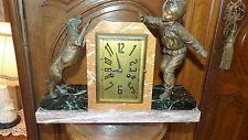 Pendule 1900 régule style art déco haut 30 larg 40 prof 12 cm