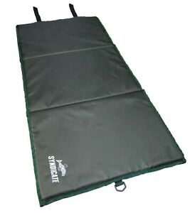 Dinsmores Carp & Commercial Fishery Unhooking Mat 90 x 48cm with Elastic Straps