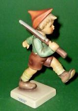 Hummelfigur Goebel Hummel Figur Hum 720 Parademarsch Gewehr Junge Hummelfiguren