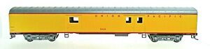 UNION PACIFIC 72' STREAMLINED BAGGAGE CAR-HO SCALE