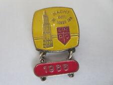 Vintage 1966 AMAC Nacht om de Lange Jan European Car Club Rally Pin Badge
