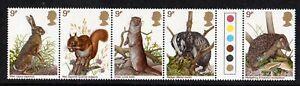 GB 1977 British Wildlife traffic light gutter pairs MNH Unfolded stamps