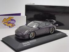 Minichamps 410066027 - Porsche 911 GT3 (991) Baujahr 2017 in purplemetallic 1:43