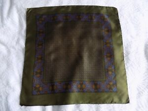 VINTAGE PURE SILK ~POCKET SQUARE~HANDKERCHIEF~GREEN PAISLEY~MADE IN ENGLAND