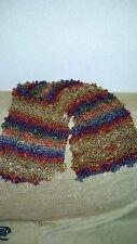 sciarpa invernele multicolore fatta a mano con i ferri