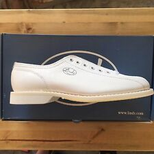 Linds Women's Championship White Left Handed  Bowling Shoes size 5 new in box