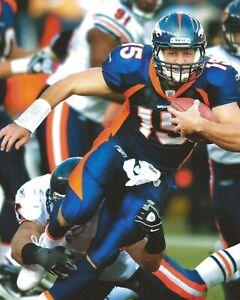 TIM TEBOW 8X10 PHOTO DENVER BRONCOS NFL FOOTBALL GAME ACTION