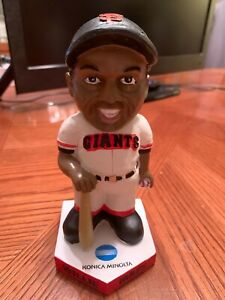 Willie Mays SF Giants bobble head doll