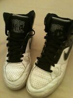 Nike Son Of force Mid Black White Athletic Shoes Men's Sz 8 M
