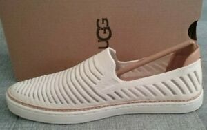 UGG Sammy Breeze Knit Women's Shoes, Jasmine, Size 6M, NWB!