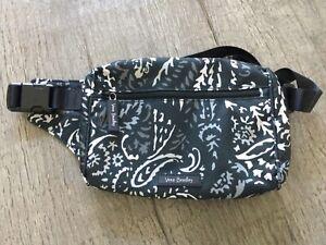 NWT  Vera Bradley Lighten Up Belt Bag/ Paisley Noir /Fanny Hip Pack 21457-P70