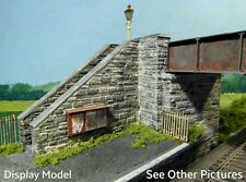 N Gauge Stone Platform Bridge (suits faller/bachmann) 45mm high