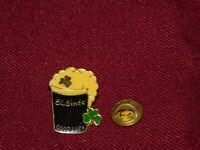 VINTAGE PIN PINBACK SLAINTE GOOD LUCK BEER CLOVER IRISH