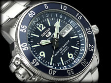 NEW MEN'S SEIKO 5 SPORTS 200M 23 JEWEL AUTOMATIC BLUE DIAL COMPASS RING SKZ209J1