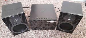 Samsung MM-E320 Micro Audio System CD MP3 USB Hi Fi Stereo