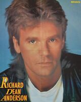 RICHARD DEAN ANDERSON - A2 Poster (XL - 42 x 55 cm) - Clippings Fan Sammlung NEU