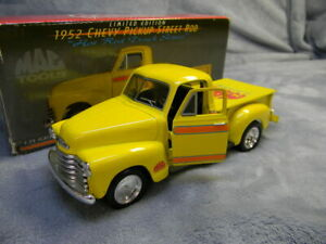 1/25 SCALE 1952 CHEVY PICKUP STREET ROD YELLOW LIMITED MAC TOOLS DIECAST BANK