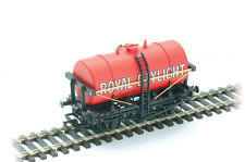 PECO 00 Gauge Track/Layout Plastic Milk Tank Wagon Kit No:R-75RD Royal Daylight.