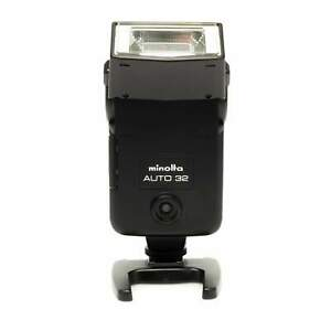 Minolta Auto 32 Flash with Case