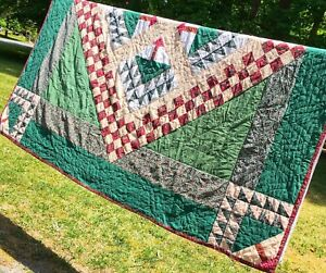 "Vintage Patchwork Hand Quilted Tree of Life Quilt Full/ Queen 85"" x 86"""