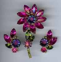 JULIANA DAZZLING VINTAGE PINK & GREEN RHINESTONE FLOWER PIN & EARRINGS SET