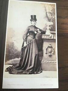 CDV LADY IN SIDE SADDLE RIDING HABIT Equestrienne LEAMINGTON 1860 CDV PHOTO 10Oc