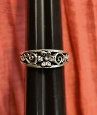 Tapered Band Ring Jewelry Costume Fashion Small Silver Tone Flower Floral Swirl