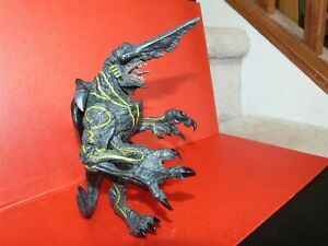 """Knifehead NECA Pacific Rim Kaiju Deluxe action Figure Highly Detailed 6.5 - 7"""""""