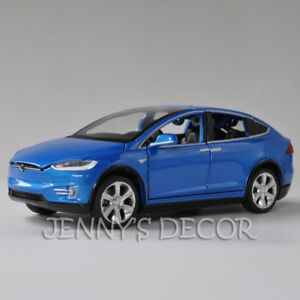 Diecast 1:32 Car Model Toys Tesla Model X 90D Pull Back Replica With Sound light
